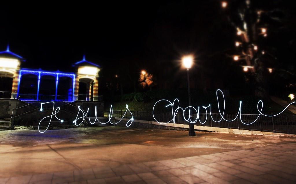 jesuischarlie-lightpainting-