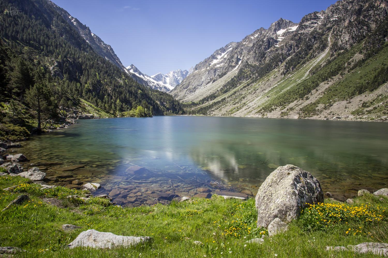 Le lac de Gaube, beau en juin, beau toute l'année.